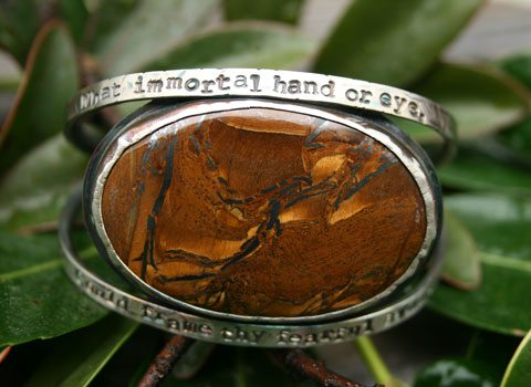 """<p style=""""text-align: center;""""><span style=""""font-size: 12pt;""""><strong>Tiger Eye Bracelet</strong></span></p>"""